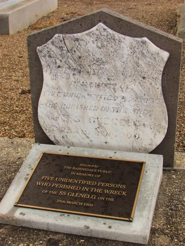 Glenelg Headstone+Plaque : 18: December-2014