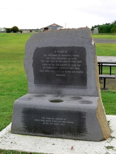 Aboriginal Massacres Monument : 17-June-2011