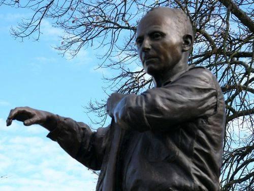 Albert Coates Memorial