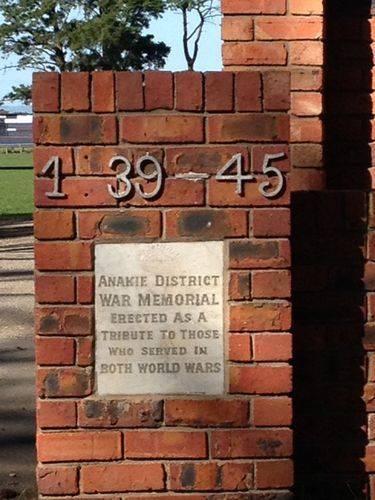 Anakie District Memorial Gates Inscription : 23-09-2013