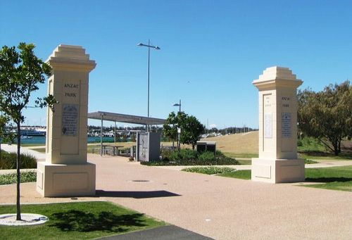 Anzac Park Memorial Gates
