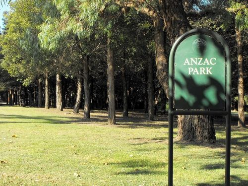 Australia Remembers Memorial Grove : 25-Janaury-2010
