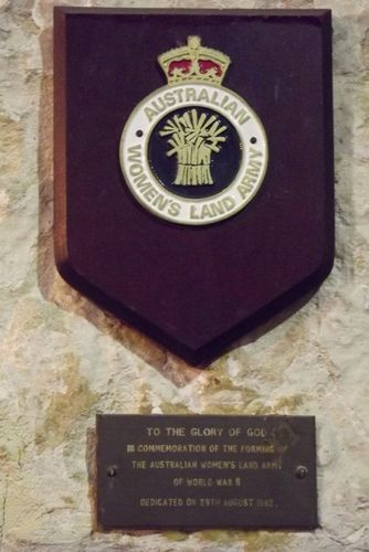 Australian Women`s Land Army Plaque : March 2014