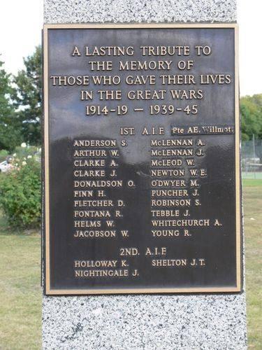 Avenel War Memorial : 16-May-2013