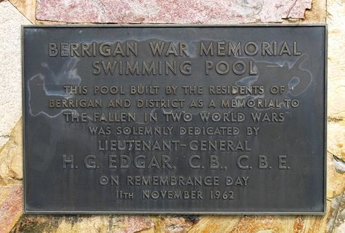 Berrigan War Memorial Swimming Pool : 16-May-2013