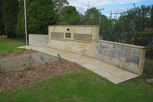 RSL Remembrance Wall & Garden : 19-02-2014