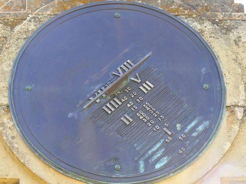 Bothwell War Memorial   Right Side