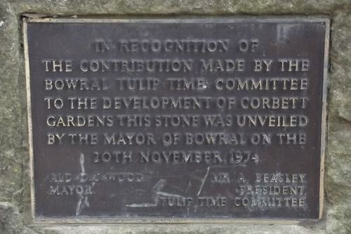 Tulip Time Committee Plaque : August-2014