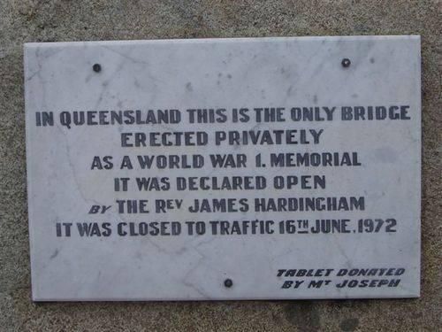 Gigoomgan Memorial Bridge Plaque : 24-06-2006