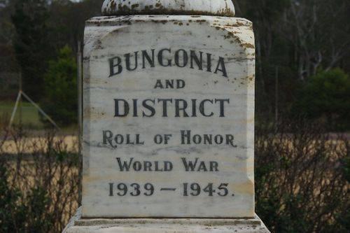 Bungonia War Memorial Closeup- August-2014