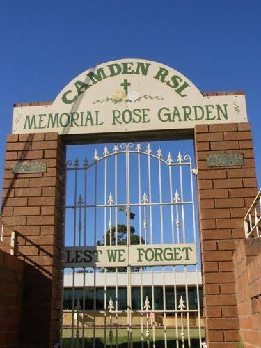 Memorial Rose Garden : 16-June-2014