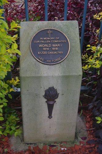 WW1 Plinth : Feb 2014