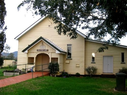 Coalstoun Lakes Memorial Hall : 01-09-2010