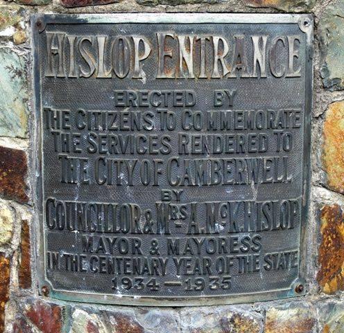 Councillor and Mrs Hislop : 25-November-2011