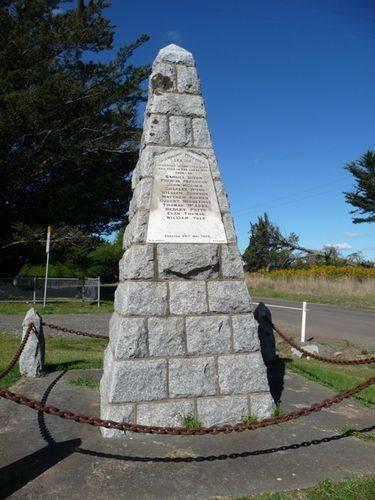 Drummond War Memorial : 27-August-2011