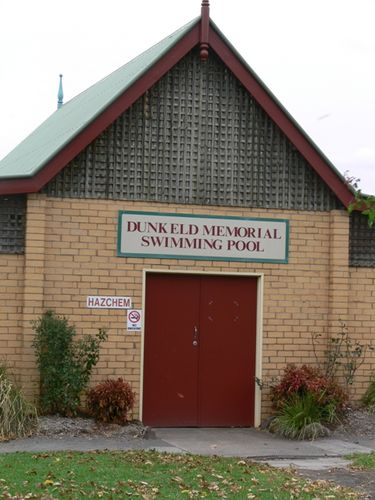 Dunkeld Memorial Swimming Pool : 11-May-2013