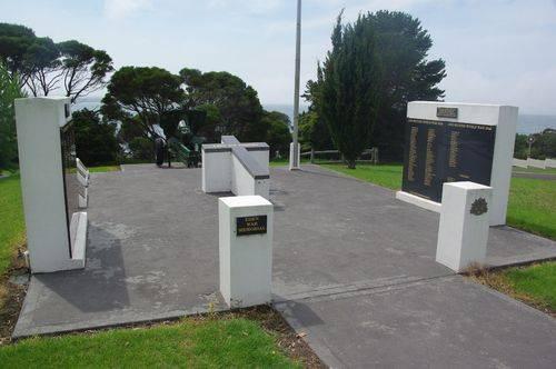 Eden War Memorial : November 2013