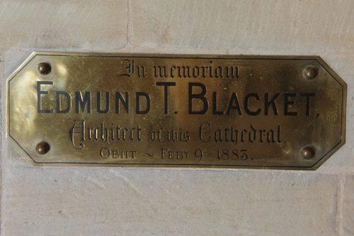Blacket Memorial Plaque : June 2014