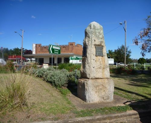 Eugowra Pioneers, Explorers and Premiers Memorial : 29-April-2012