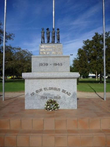Forbes Cenotaph : 24-April-2011