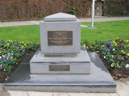 France Service Memorial