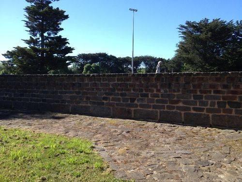 Gisborne Pioneer Wall : November 2013
