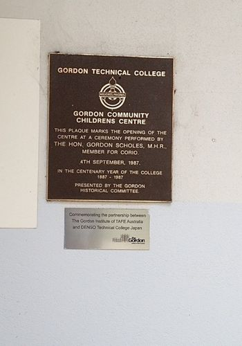 Gordon Childresn Community Centre Plaque : December 2013