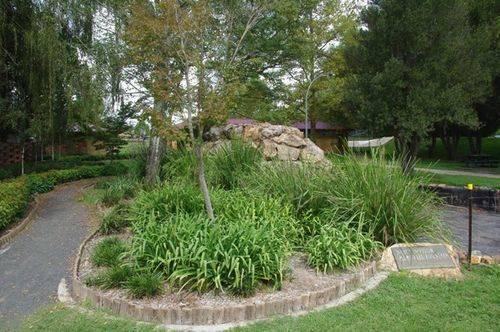 Nancy Nivison Fountain : July 2014