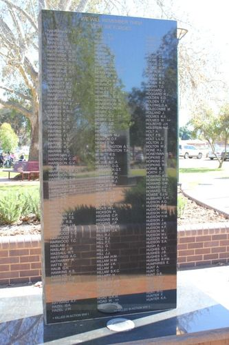 Griffith Cenotaph : 06-December-2012
