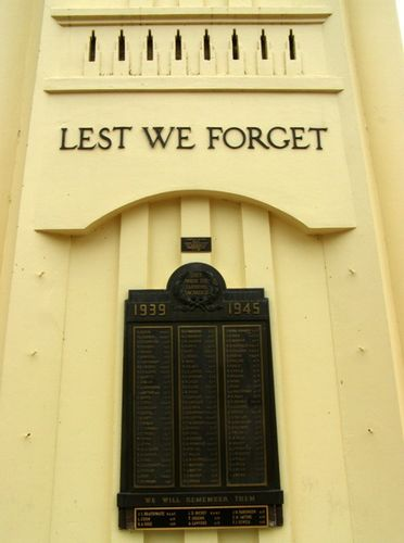 Griffith Cenotaph : 27-03-2014