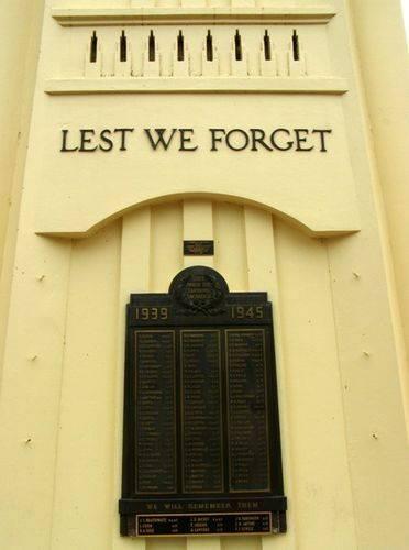 Griffith Cenotaph : 27-03-2014