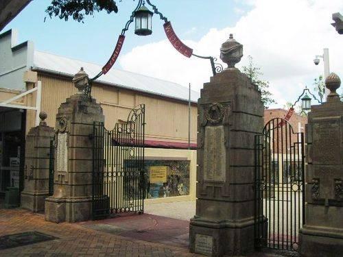 Gympie & Widgee Memorial Gates 2