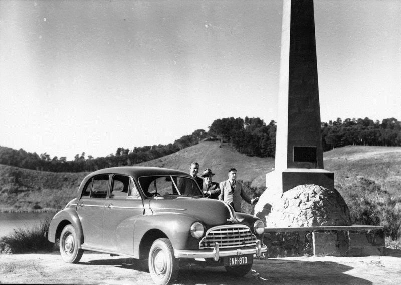 1948 : Three men and a 1948 Morris Oxford 'series MO' saloon : State Library of So
