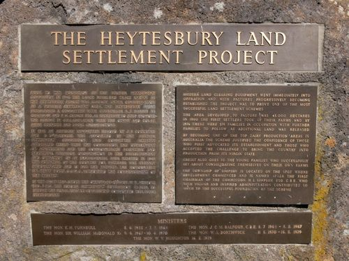 Heytesbury Settlement Memorial : 21-April-2012