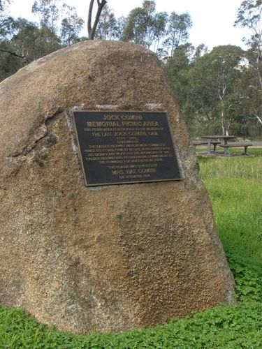 Jock Comini Memorial Plaque : 02-05-2014
