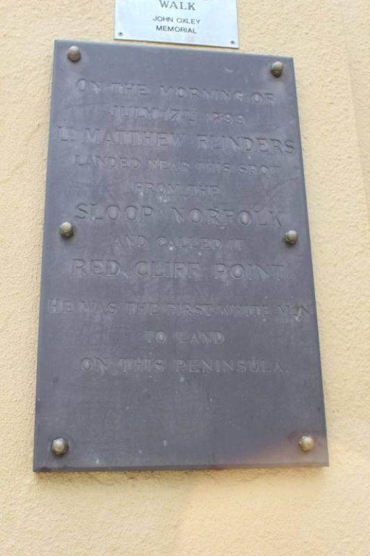 Flinders Plaque : 28-August 2009