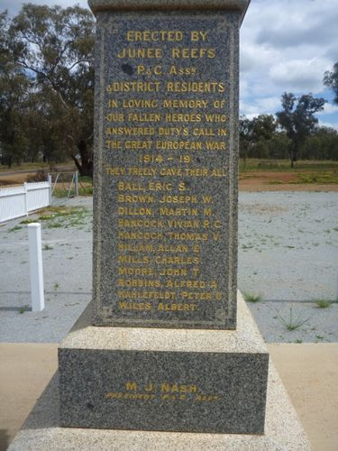 Junee Reefs War Memorial : 09-October-2012