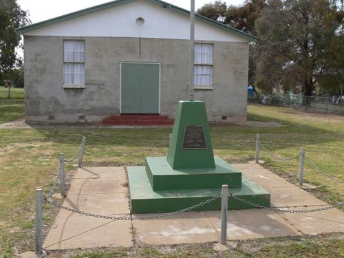 Katunga War Memorial : 20-October-2011