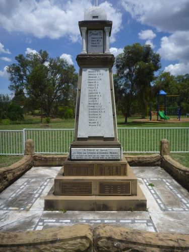 Kootingal War Memorial : 08-December-2012