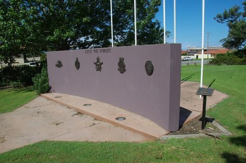Laurieton Memorial Wall : June 2014