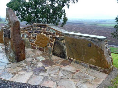 Lindenow War Memorial : 18-August-2011