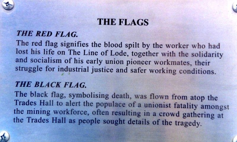 Flags Plaque : 2006