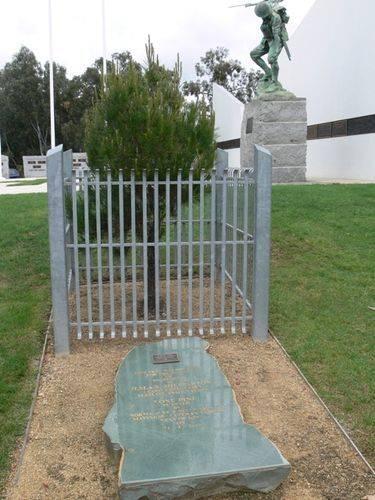Lone Pine Memorial : 21-October-2011