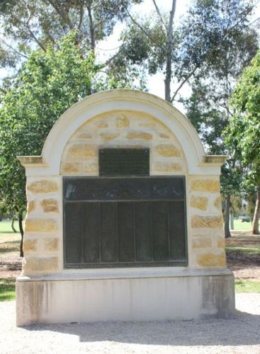 Lower North Adelaide Soldiers Memorial : 12-December-2012