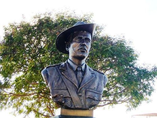 Lt Colonel Henry William Murray Bust
