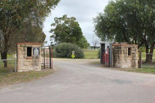 Memorial Gates : 05-May-2012