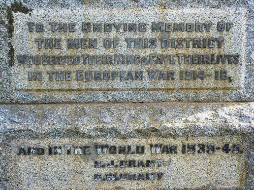 Meredith War Memorial in Wallace Street