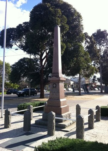 Newport War Memorial : 29-August-2011