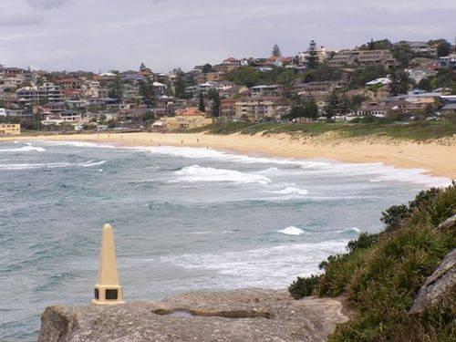 Beach Obelisk 2 : 13-February-2014