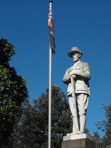 North Sydney Tramways War Memorial : 25-December-2010